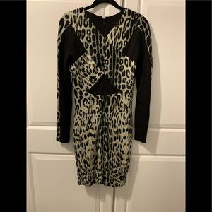 Bebe knit animal print dress, black accent. Sz M